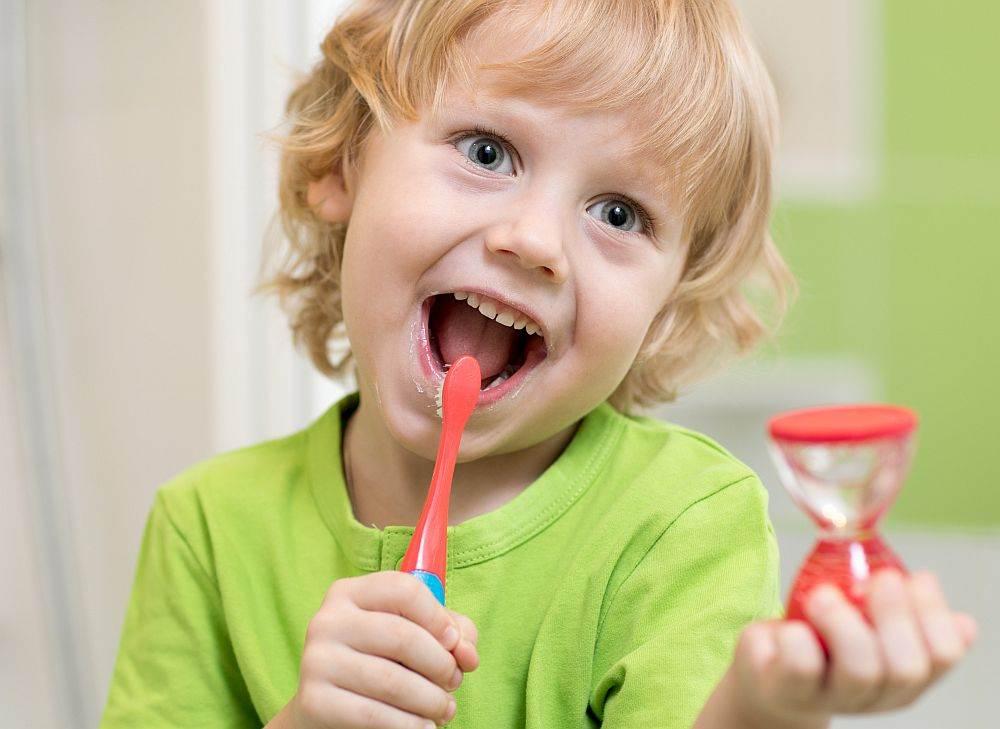 Dete pere zube