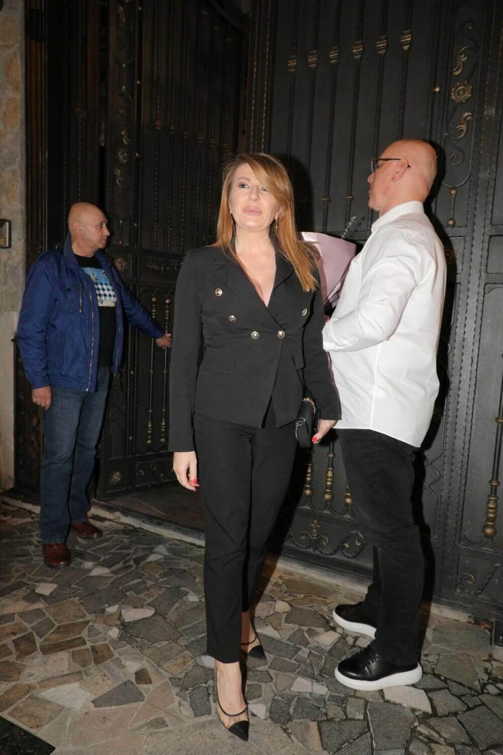 Na proslavu Cecinog rođendana stigla je i njena kuma, pevačica Viki Miljković, sa suprugom Tašketom.
