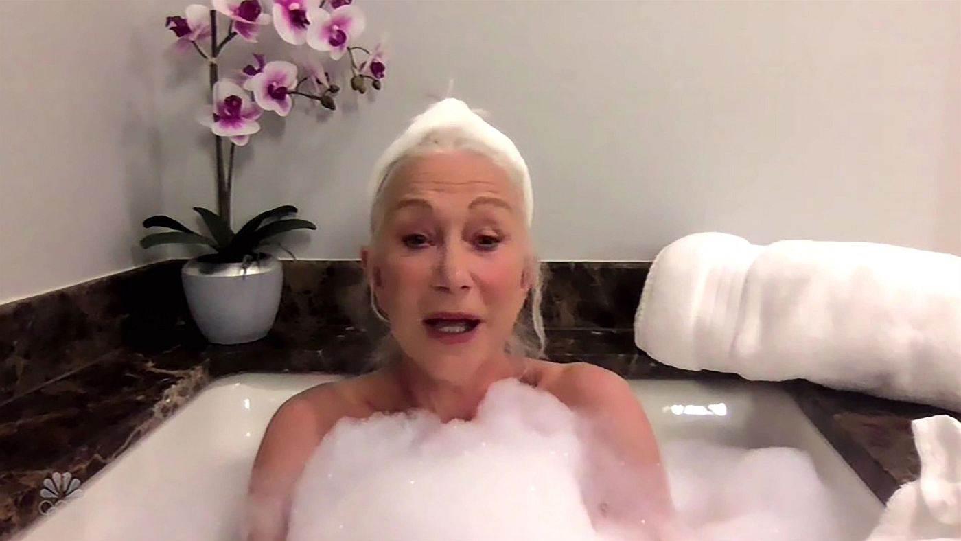 Helen Miren gola u kadi